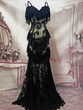 modèle unique dentelle noire